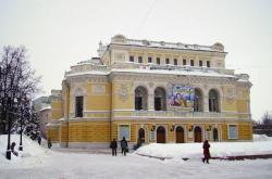 Nizhny_Novgorod_Drama_Theatre_2.jpg